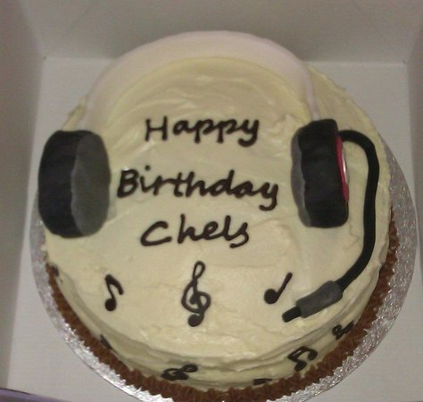 Enjoyable Music Themed Birthday Cake Picture Of Ds Delights Cork Funny Birthday Cards Online Alyptdamsfinfo