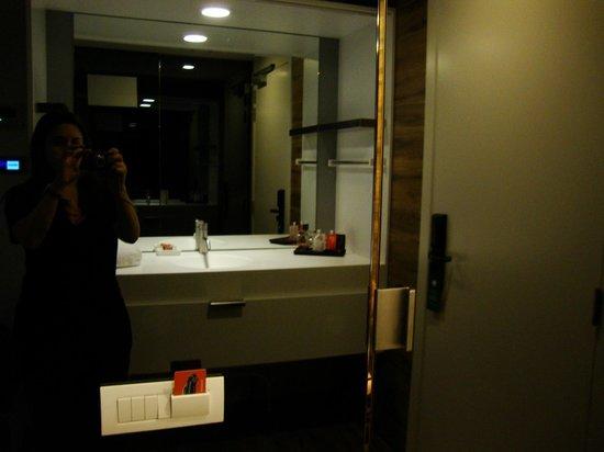 Room Mate Pau: Lavabo