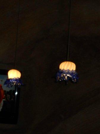 Jimmy Buffett's at the Beachcomber : Jellyfish lights