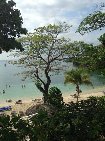 Grand Palladium Jamaica Resort & Spa: View from jerk hut of Sunset Beach