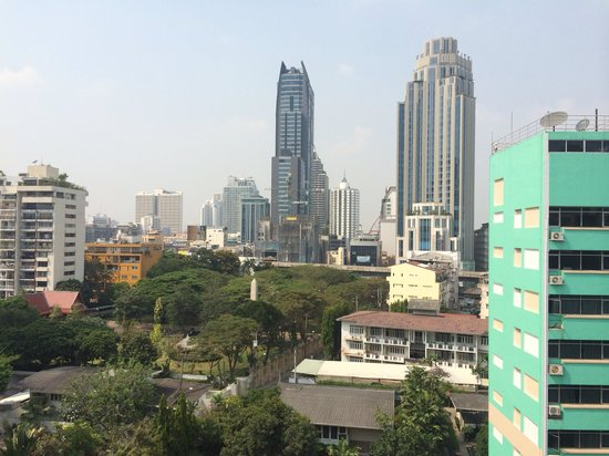 Galleria 10 Hotel Bangkok by Compass Hospitality : Rooftop view