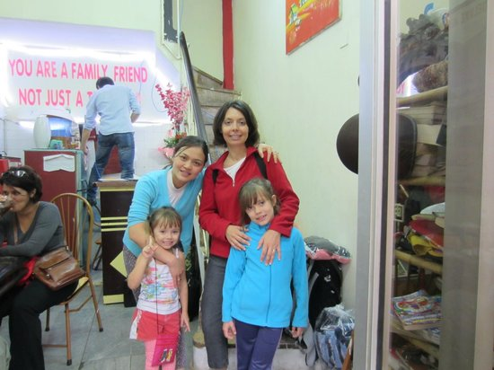 Hanoi Family Homestay: Huong and us