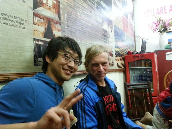 Hanoi Family Homestay : Other travelers dining with us
