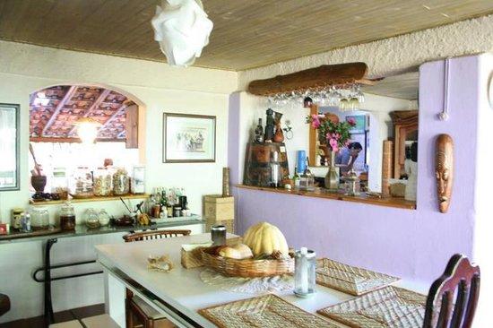 Estancia Rio Acima: fragrant and colorful kitchen