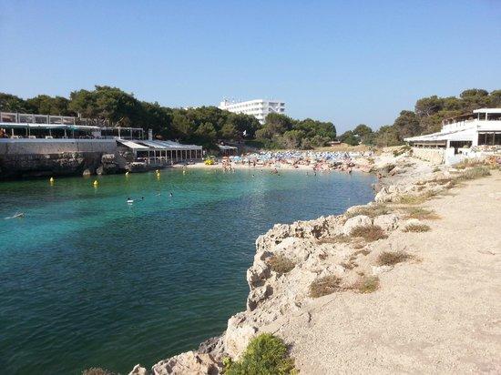 Cala Blanca Sun Hotel: Beach 2 minutes away