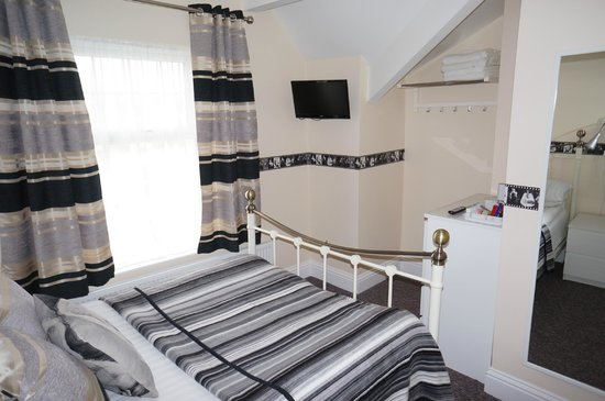 The Shores Hotel: Family Suite - 2 Rooms