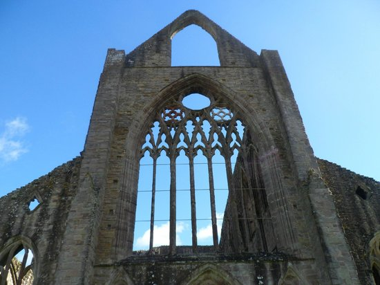 Tintern Abbey: One of the end walls