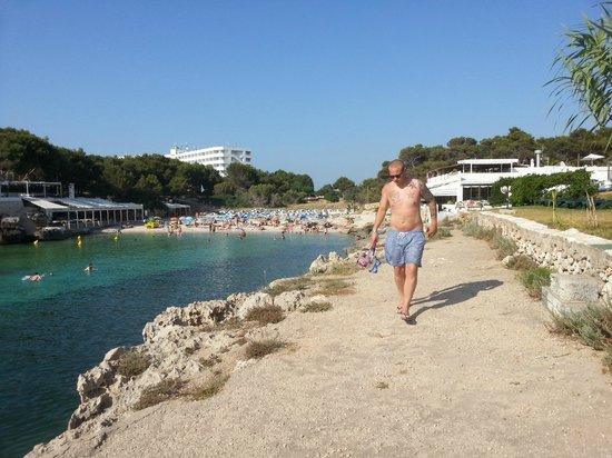 Cala Blanca Sun Hotel: Beach 2 minutes away from hotel