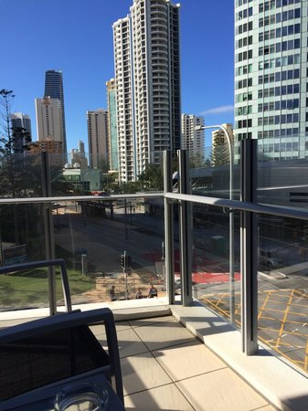 Wyndham Surfers Paradise : View from 2nd floor balcony