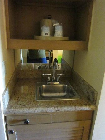 Hampton Inn Key Largo : kitchen