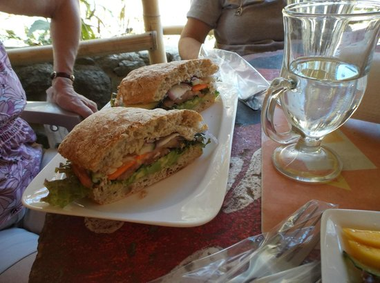 Kalibó: Vegetarian sandwich-also yummy!