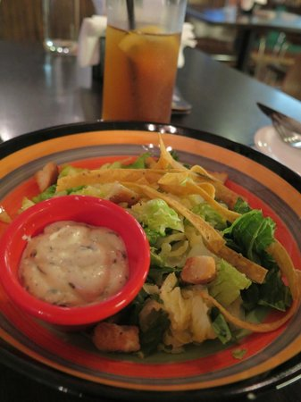 Frontera Sol of Mexico : Salad and Ice Lemon Tea in the Lent Menu
