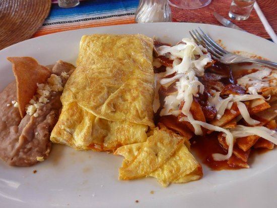 Orlando's Restaurante: My amazing Omelet and Chilaques