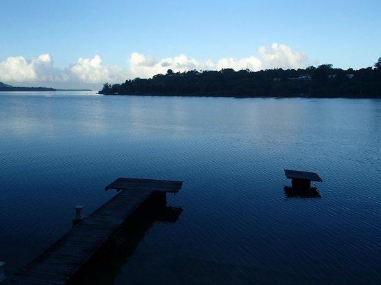 Fatumaru Lodge: Vue sur la baie