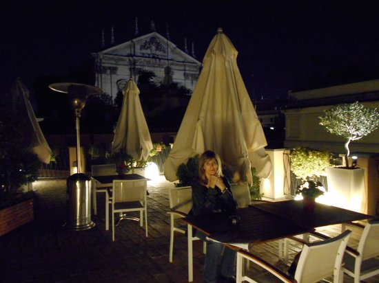 Albergo Cesari : wonderful rooftop bar