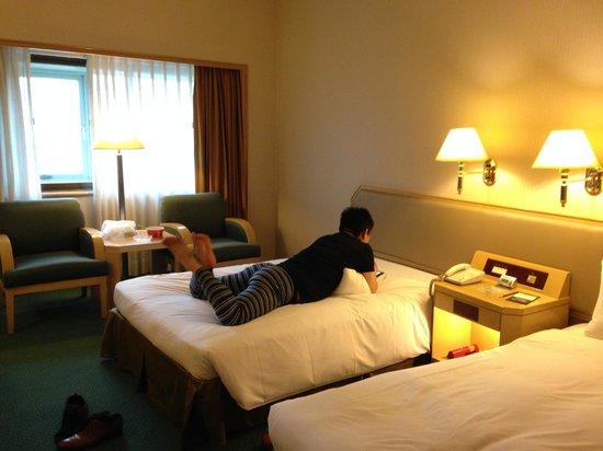Santos Hotel: ツインベッドルーム