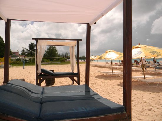 The Boatyard Gorgeous Beach Canopy Beds