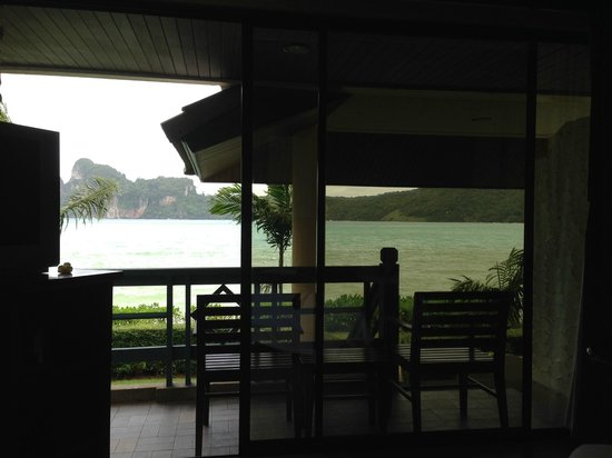 Phi Phi Island Cabana Hotel : View from the room overlooking lagoon