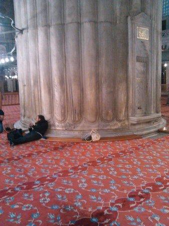 Mezquita Azul: Колонна, поддерживающая купол.