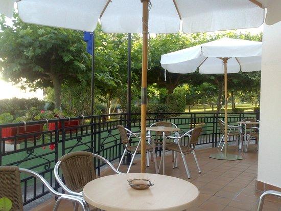 La Costera: Terraza cafetería
