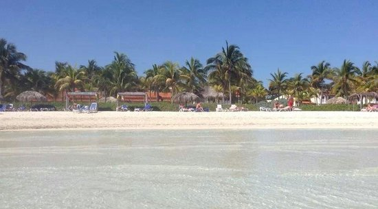 Sol Cayo Guillermo: Beach and hotel rooms