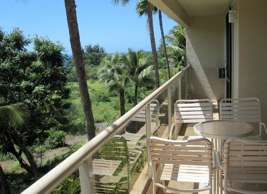 Aston at the Maui Banyan: Lanai