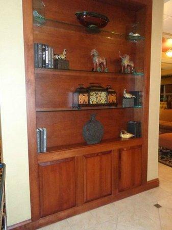Homewood Suites by Hilton Portland: Foyer