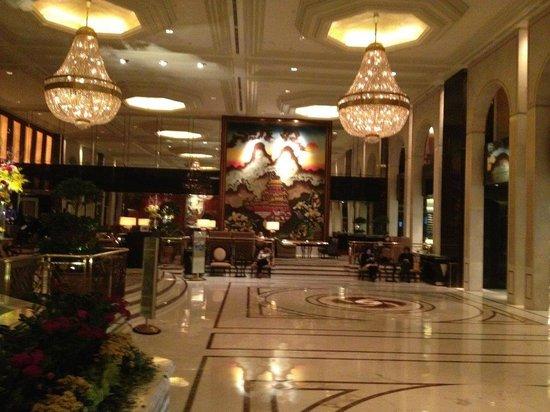 Kowloon Shangri-La Hong Kong: Foyer