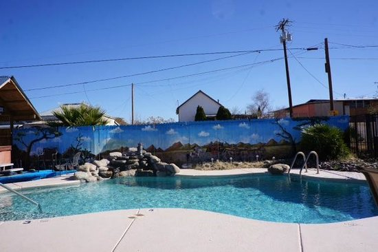Trail Rider's Inn Motel: Pool