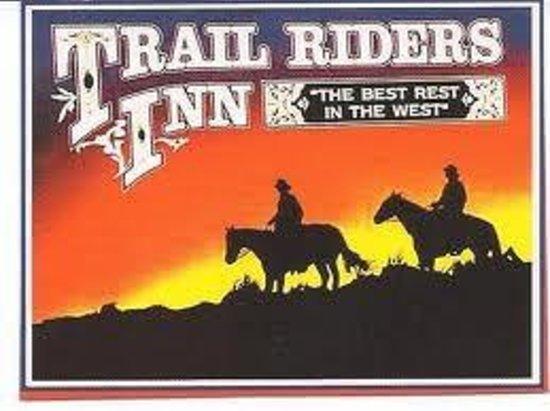 Trail Rider's Inn Motel : Sign