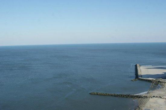 Flagship Resort: Ocean view from East side room 31st floor