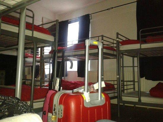 The Horse & Stables Hostel: habitación mixta para 10
