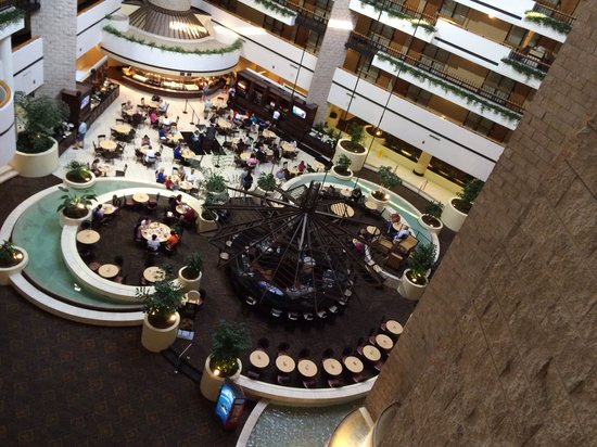 Embassy Suites by Hilton Orlando International Drive Jamaican Court: See the Mickey head?