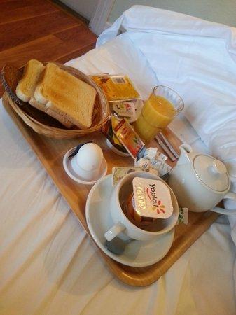 Hotell Ahlstrom: Frukostbrickan
