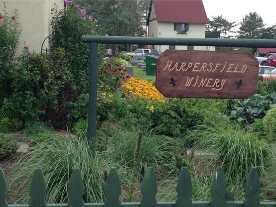 Harpersfield Vineyards: Harpersfield Winery