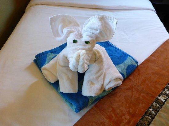 Lanta Castaway Beach Resort: Towels