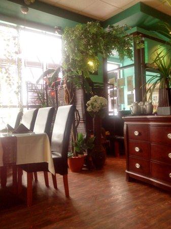 Juree's Thai Place Restaurant : great atmosphere