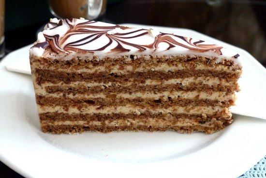 Ruszwurm Cukraszda: Ruszworm Cafe - Eszterhazy torta