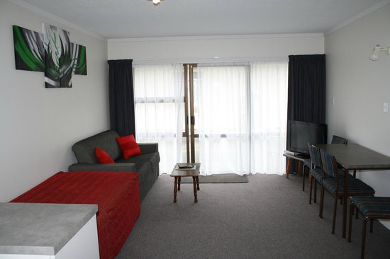 Oxford Court Motel: Lounge Exec Rooms
