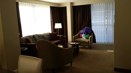 Sheraton Atlanta Hotel: Suite of joy for the weekend!