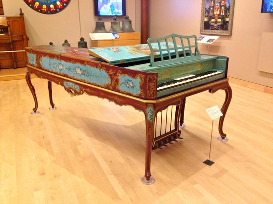 Musical Instrument Museum: Piano on display at the MIM