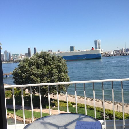Coronado Island Marriott Resort & Spa: 385 - View of Ship from balcony