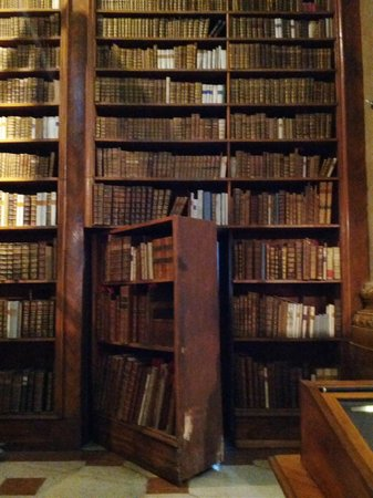 Nationalbibliothek: Потайной ход