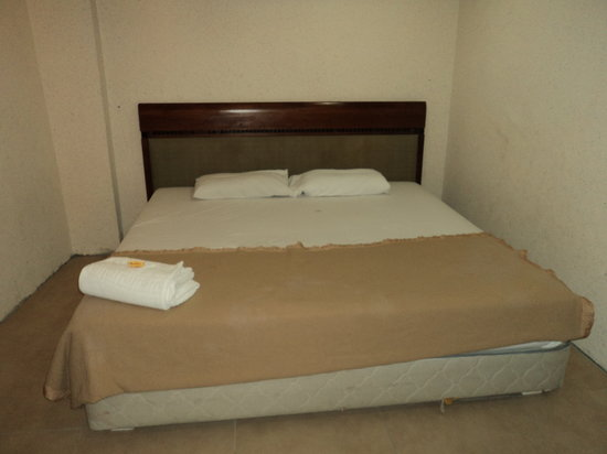 Hotel Travel Inn: Double Rooms No Window (2 Person)