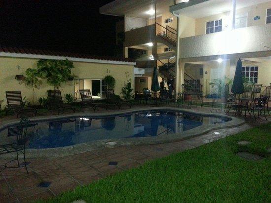 Hotel Marela: Piscina