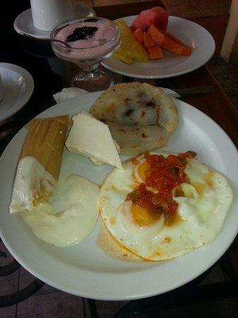 Hotel Marela: Desayuno
