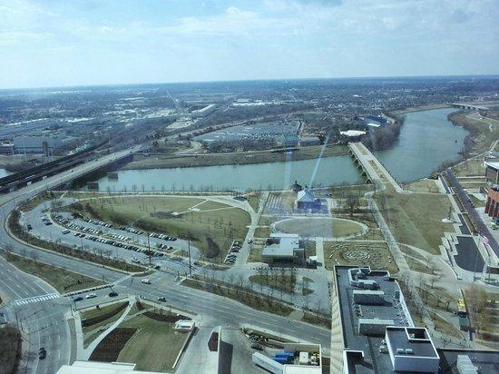 JW Marriott Indianapolis: view from window near elevators on 33rd floor