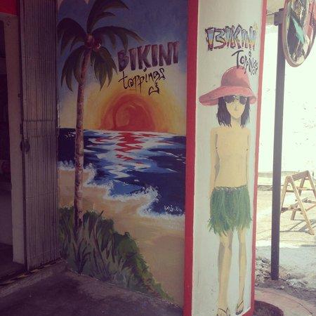 Bikini Toppings: The cute shopfront!