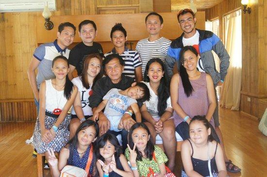 BlueJaz Water Park: family pic at fiji room