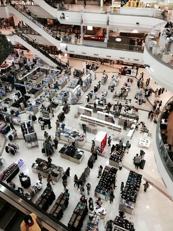 The Mall Bangkapi: モール内部